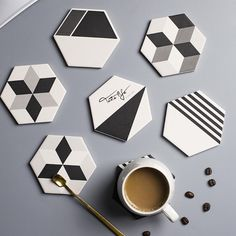 Diy Clay, Clay Crafts, Hobbies And Crafts, Diy And Crafts, Coaster Crafts, Diy Coasters, Wood Phone Holder, 3d Printed Objects, Leather Coasters