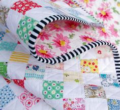 A Checkerboard Postage Stamp Quilt ~ black and white stripe binding :: Red Pepper Quilts LOVE IT