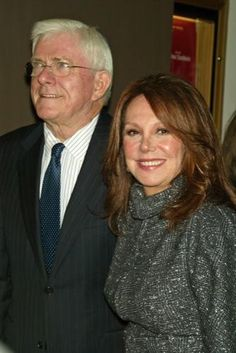 Phil Donahue and Marlo Thomas