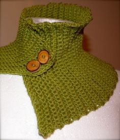 Easy crochet neck warmer with pattern
