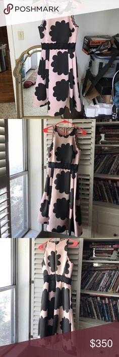 New Kate Spade dress (Spring 2017) Worn once, size 00 Kate Spade New York dress. Amazing cut and fit, scalloped edges on the shoulders and neck, light pink and black floral print. Had gold zipper on back and pockets on both sides. No stains or wear at all, in like new condition kate spade Dresses