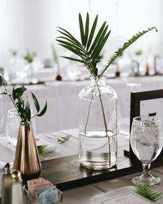 modern, minimal wedding decor for table. Modern Wedding Centerpieces, Country Wedding Decorations, Party Centerpieces, Flower Centerpieces, Centerpiece Ideas, Wedding Themes, Simple Table Decorations, Wedding Venues, Wedding Inspiration