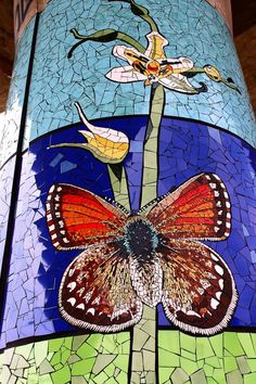 The article about this great project is here:http://www.mosaicartnow.com/2012/08/a-natural-history-museum-in-mosaic-rises-in-chile-isidora-paz-lopez/ and here: http://networkedblogs.com/JOCSF