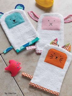 For making bath time lots of fun. Free bath buddies sewing pattern.