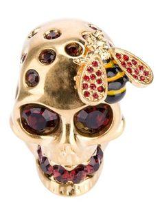 Buy Alexander McQueen Women's Metallic Skull And Bee Ring. Skull Wedding Ring, Skull Engagement Ring, Engagement Ring Settings, Wedding Rings, Bee Jewelry, Skull Jewelry, Unique Jewelry, Gothic Jewellery, Skull Rings