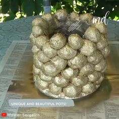Flower pot made of sand and cement! By: Master Sergeich Diy Crafts Hacks, Diy Arts And Crafts, Handmade Crafts, Cement Art, Concrete Crafts, Diy Concrete Planters, Diy Planters, Cement Flower Pots, Self Watering Planter