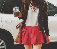 パンツ派も履きたくなるかっこよく着れるスカートが気になる