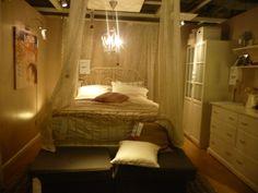 fantasy room.