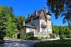 Château Les Roches à Mont St Jean, Sarthe.