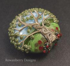 Beautiful lampwork glass bead ♥