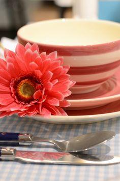 Panna Cotta, Tableware, Ethnic Recipes, Food, Dulce De Leche, Dinnerware, Tablewares, Essen, Meals