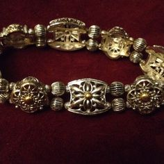 Free ship! Silver and gold tone beaded bracelet