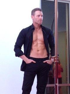 Meet Jason Taylor...wow!!