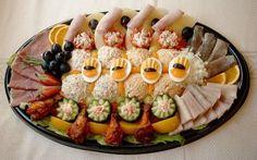 Huzaar - Variatie - hapjes schotel Dutch Recipes, Fish Recipes, 80s Food, Party Food Platters, Brunch Buffet, Tasty, Yummy Food, Dinner With Friends, Savory Snacks