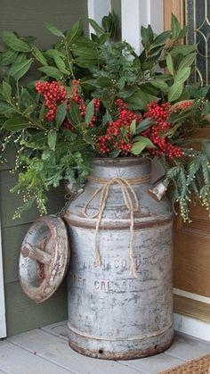 Christmas Porch, Christmas Wreaths, Christmas Decorations, Holiday Decor, Front Porch, Front Doors, Paris Wall Art, Home Decor Inspiration, Decor Ideas