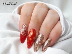 Paznokcie hybrydowe / czerwień ze złotem / NeoNail