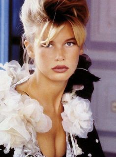 Claudia SchifferYou can find Claudia schiffer and more on our website. Beautiful Models, Beautiful Celebrities, Beautiful People, Beautiful Women, Cindy Crawford, Top Models, Kate Moss, Helene Fischer News, 90s Fashion
