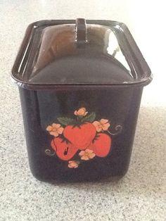 Vintage  Enamelware ~Graniteware Metal Black/Strawberry Refrigerator  Box w/Lid