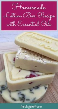 Easy DIY lotion bar recipe that will keep your skin moisturized and super smooth. Ideal for dry skin patches. I even use it on stretch marks and eczema. Diy Lotion, Lotion Bars, Homemade Beauty, Diy Beauty, Beauty Skin, Beauty Tips, Beauty Hacks, Homemade Soap Recipes, Diy Lip Balm