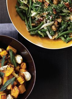 This spicy, Parmesan-spiked combination of green beans, kale and cremini mushrooms is one of Giada De Laurentiis' Thanksgiving favorites. #thanksgiving #meatless #recipe