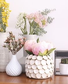 Peonia rosa - Deco & Living Deco Floral, Wine Bottle Crafts, New Room, My Dream Home, Peonies, Planting Flowers, Flower Arrangements, Beautiful Flowers, House Design
