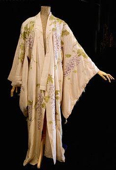 Edwardian Vintage Clothing: #c334 Kimono tea gown at Vintage Textile