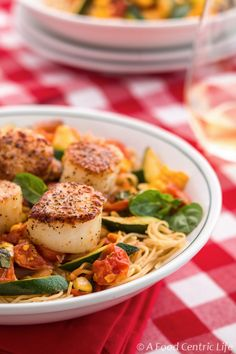 Seared Scallops with Pasta and Vegetables