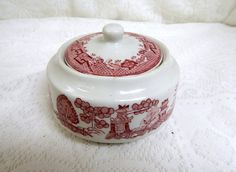 Jackson China Covered Sugar Bowl Red and by SwedishGalsAntiques