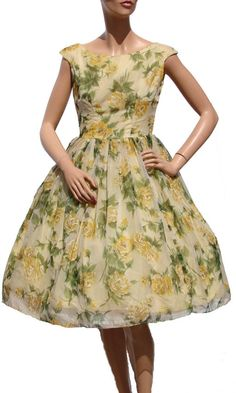 Vintage yellow dress - wow, I NEED this fabulousness in my life!