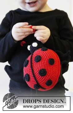 New Knitting Bag Pattern Free Drops Design 36 Ideas Crochet Ladybug, Cute Crochet, Crochet For Kids, Crochet Baby, Crochet Pillow Patterns Free, Bag Pattern Free, Baby Knitting Patterns, Baby Patterns, Crochet Amigurumi