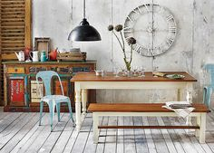 Living In A Studio Apartment Shabby, Studio Apartment, Outdoor Furniture, Outdoor Decor, My Dream Home, Entryway Bench, Living Room Designs, Couch, Wall