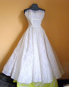 40's embroidered shelf bust wedding gown $125.00
