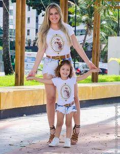 T-shirt Tal mãe e tal filha! #talmaetalfilha #feitocomamor #maedemenina #maeefilhaiguais  #cachorrinho