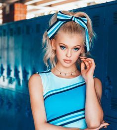 Loren looks cute as a cheerleader.well she would even look good dressed like a foot Loren Gray Height, Cheerleading, Pretty People, Beautiful People, Le Rosey, Gray Instagram, Grey Outfit, Beautiful Eyes, Cute Girls