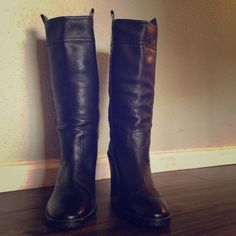 Cole Haan leather boots Gorgeous and chic black Cole Haan heeled boot. Excellent condition, only wear is on heals and a bit of front tread. No flaws on boot Cole Haan Shoes Heeled Boots