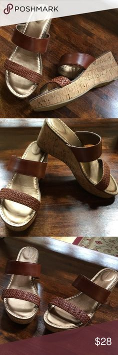 👠Land's End cork wedge Cork wedge heel slip on sandals.  Worn briefly one time. Land's End Shoes Sandals