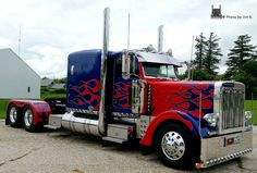 Take a look at truck pictures from other viewers or send in your own pictures of semi trucks for everyone to see Big Rig Trucks, Tow Truck, Cool Trucks, Semi Trucks, Peterbilt 379, Peterbilt Trucks, Custom Trucks, Custom Cars, Transformers Cars