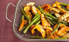 Epicure's Grilled Mexican Asparagus, Pepper and Potato Salad (Fajita Seasoning, Adobo Seasoning) Epicure Recipes, Wine Recipes, Mexican Food Recipes, Cooking Recipes, Healthy Recipes, Clean Eating Recipes, Healthy Eating, Adobo Seasoning, Portion