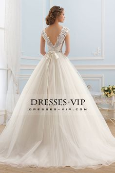 2016 Deep V Back Scoop Wedding Dresses A Line Tulle With Applique And Sash