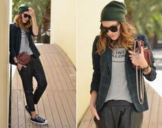 1 PIECE – 8 WAYS: BAGGY LEATHER PANTS | My Daily Style en stylelovely.com