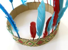 Indian headband for powwow campout Indian Headband, Indian Hat, Indian Headress, Easy Crafts For Kids, Craft Activities For Kids, Diy For Kids, Indian Dresses For Kids, Indian Birthday Parties, Indian Feathers