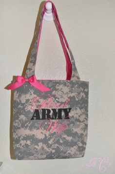 army wife purse  ANYONE KNOW WHERE TO GET ONE?