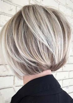 Easy Short Blonde Haircut Styles for 2018. Best short blonde haircuts and hairstyles for women to create in 2018. If you dont have the perfect ideas of styling the short haircuts then you can visit in this post for most amazing techniques of styling the short haircuts. Moreover, you've to visit the typesvogue.com for more elegant styles of hairstyles for 2018.