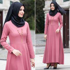 6f8725b282e5 Fashion Arabic Style Illustration Description NEVA STYLE – DRESS – 4055GK   hijab  naylavip
