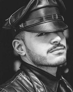 Sexy Beard, Edgy Look, Leather Cap, Mustache, Bellisima, Leather Fashion, Cute Boys, Black Men, Sexy Men