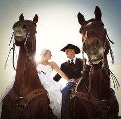 Jan/Feb Western Wedding feature. Photo by Krista Kay Photography  http://www.westernweddings.ca  http://www.kristakayphotography.com