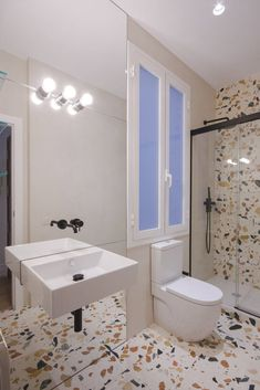 Can Monios by Chillidafrancoy - MyHouseIdea Bathroom Furniture, Bathroom Interior, Modern Bathroom, Small Bathroom, Classic Bathroom, Simple Bathroom Designs, Budget Bathroom, Bathroom Styling, Bathroom Fixtures