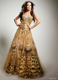 Check out the deal on Tony Bowls Evenings TBE11352 Gold Sequin Evening Dress at French Novelty