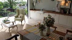 Open plan kitchen/dining/living space