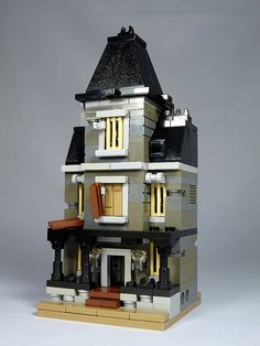 "LEGO Mini Modulars - MOC: ""Haunted House"" 